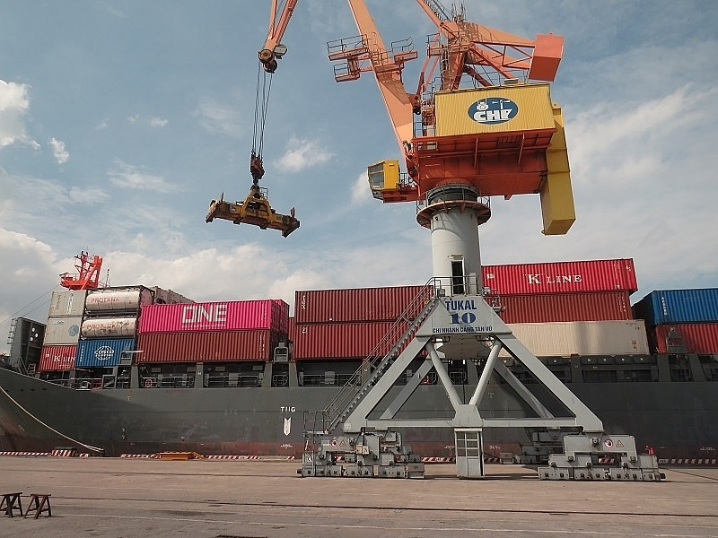 Xuất nhập khẩu hàng hoá tháng 7 ước đạt 45 tỷ USD