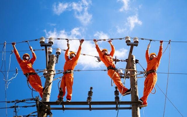 Cần hàng trăm tỷ USD để phát triển điện: Tiền đâu?
