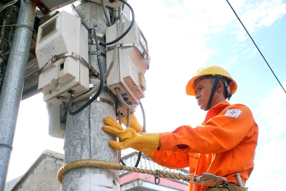 EVNSPC: Gấp rút hoàn thiện công tác hỗ trợ giảm giá điện, tiền điện cho khách hàng ảnh hưởng bởi dịch Covid-19