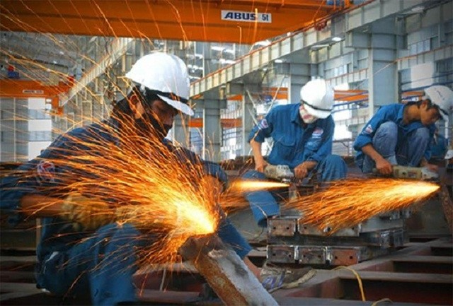 ADB nâng dự báo tăng trưởng kinh tế Việt Nam năm nay